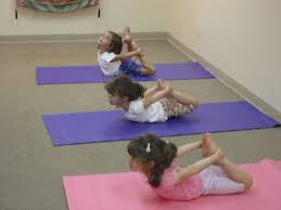 Yoga sessions – Ma Niketan, Thane (2008)